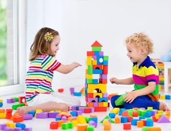 les activit s des enfants de 16 mois cr che butzen spaass. Black Bedroom Furniture Sets. Home Design Ideas