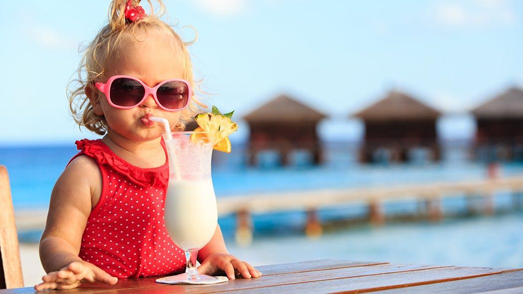 C'est l'été, n'oubliez pas mes lunettes de soleil.